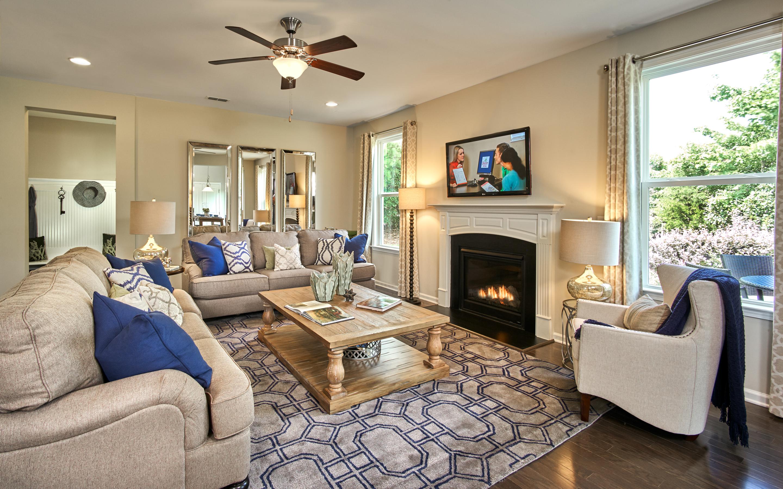 fy15_ral_brightwoodtrails-bradley_livingroom